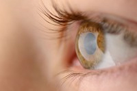 Taking vitamin supplements may slow down the progression of a common eye disease