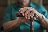 Featured Review: Multifactorial and multiple component interventions for preventing falls in older people living in the community
