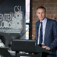 Associate Professor Julian Elliott from Cochrane Australia  honoured