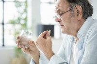 Do vitamin and mineral supplements have a role?