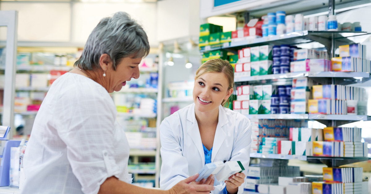 Pharmacists play vital role in improving patient health shows biggest review of evidence to date | Cochrane